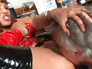 Big-ass milf fuck with her boss
