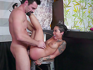 Tattooed chick Honey Gold gets naked for a nasty man's penis
