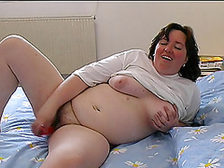 Ingrid is a fat babe who cannot resist sucking a long cock