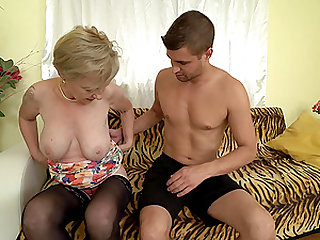 Short haired mature amateur blonde granny Maris loves a stiff cock